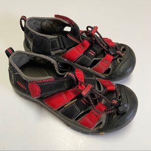 Keen Newport H2 Black Red Outdoor Water Sandals 1